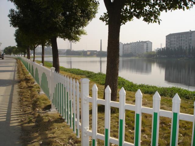 河滨社区护栏